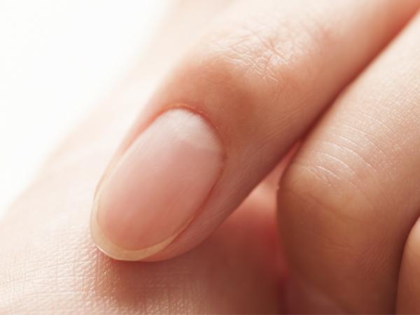 爪の甘皮ケア