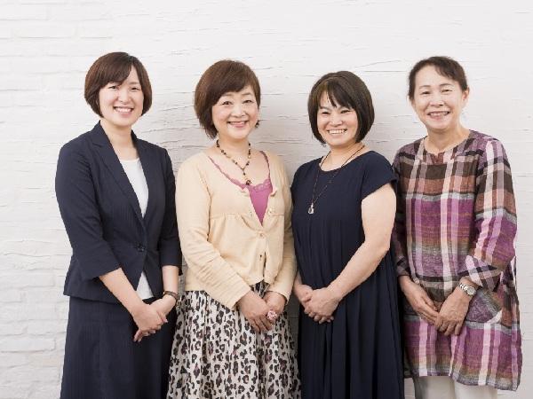 住宅金融支援機構 太田奈穂子さん  村田浩子さん(59)  山口英美さん(57)  須藤由利子さん(62)