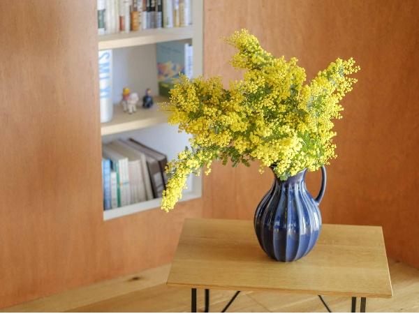 春の花、ミモザを飾ろう