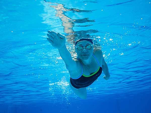 水泳をして、心も体も元気に